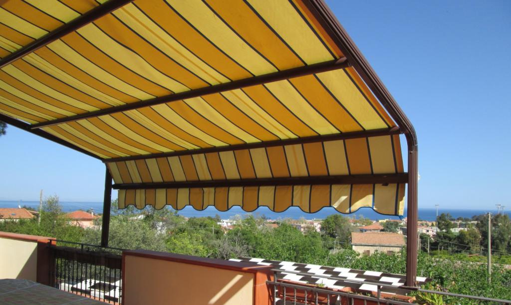 tende da sole per balconi , terrazzi e attici tessuti originali